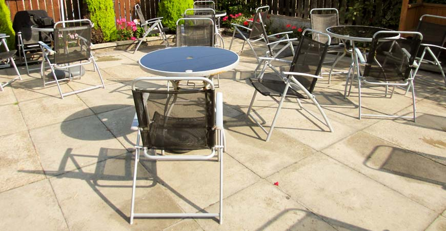 Ask wet forget 5 outdoor patio options for summer 2016 for Deck and concrete cleaner