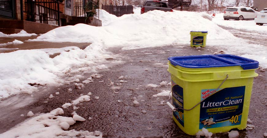 Use Kitty Litter on Roads to create traction during the winter