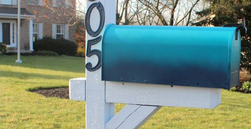 mailbox decorating