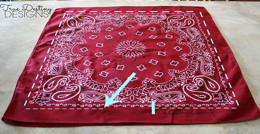 Red, white, and blue bandannas can easily be crafted into pillows using these steps.