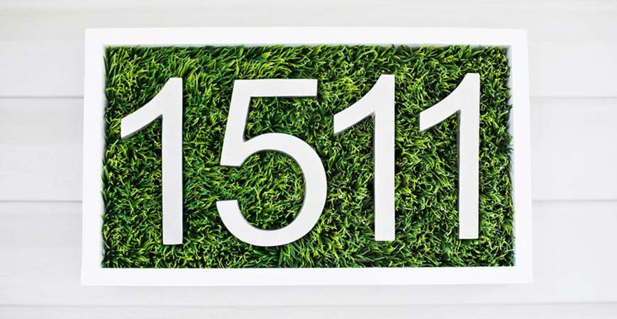 This DIY grass house numbers project makes a great weekend project.