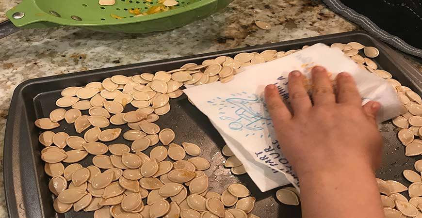 Step 6: Dry pumpkin seeds