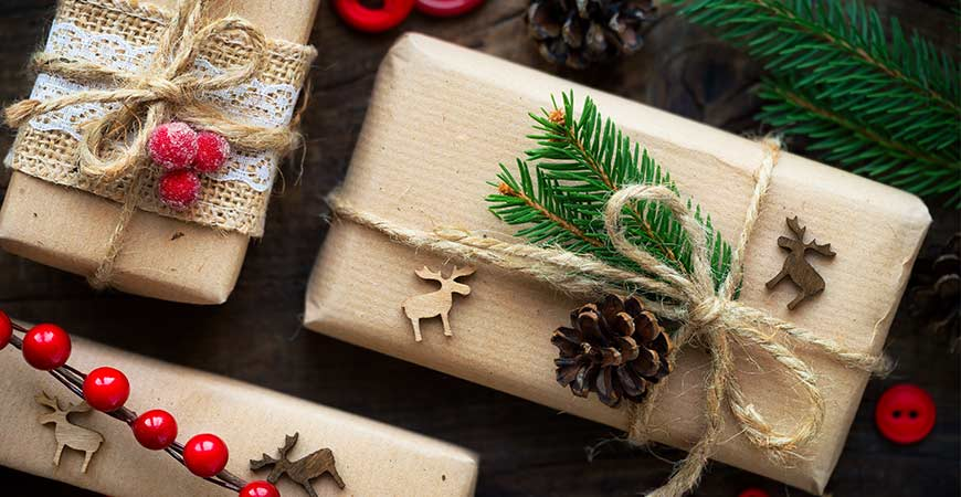 Burlap gives your gifts a more homey look.