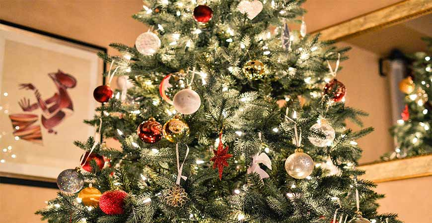 how to make your christmas tree last longer - How Long Can A Christmas Tree Last