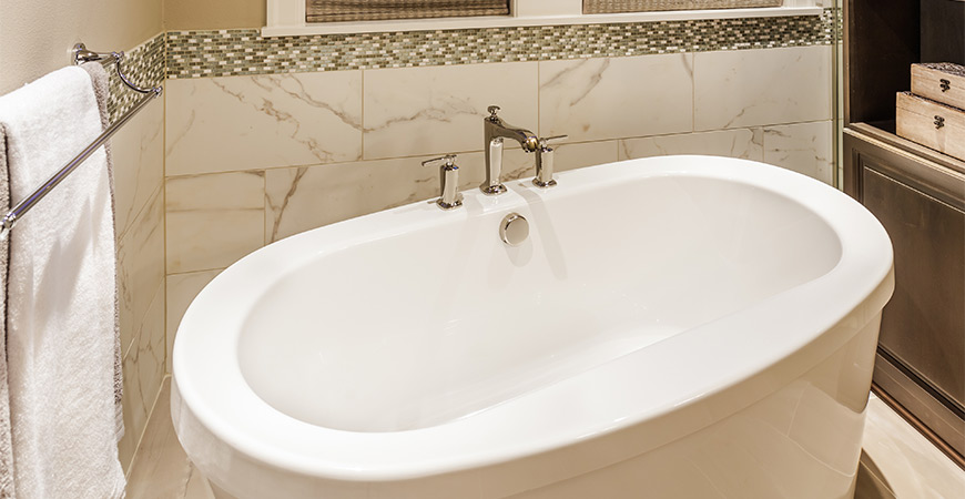 Use our guide to repair your steel bathtub!